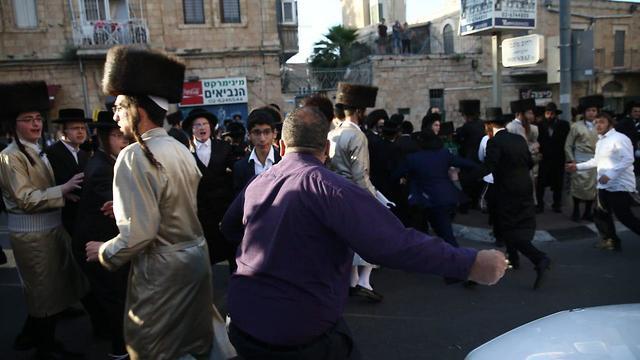 Ортодоксы в Иерусалиме протестуют против нарушения субботы. Фото: Охад Цвайгенберг