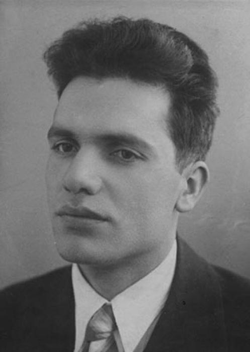 Сталин тайно опекал Константина Кузакова./Фото: img.uduba.com